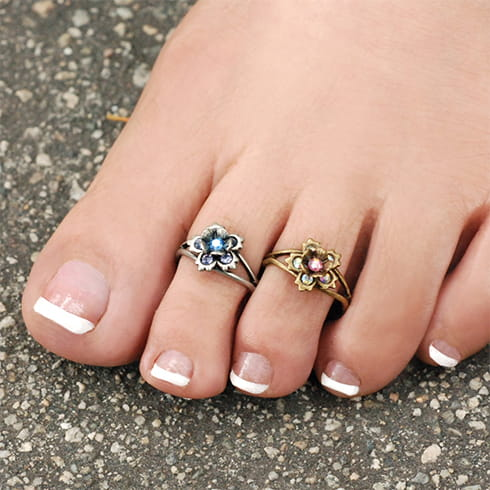 Flower Toe Ring Designs