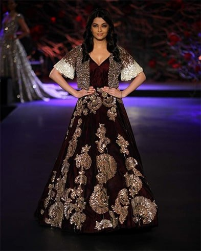 Aishwarya Rai walks ramp
