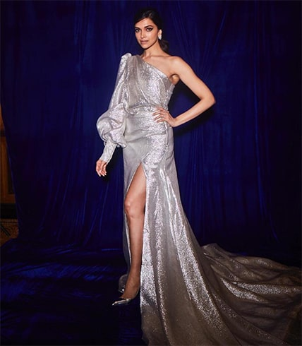 Deepika Padukone At Elle Beauty Awards 2018