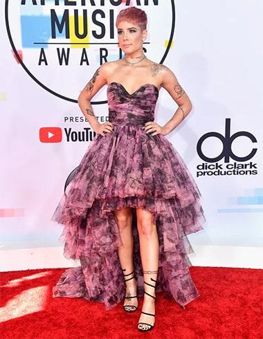 Halsey at AMA 2018
