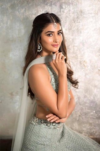 Pooja Hegde Height and Weight