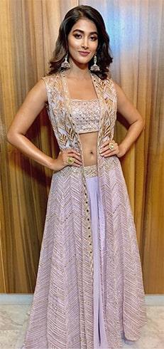 Pooja Hegde Ritika Mirchandani Outfit