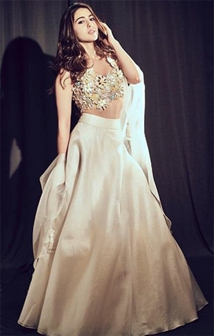 Sara Ali Khan in Abu Jani and Sandeep Khosla
