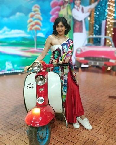 Adah Sharma At Star Screen Awards 2018