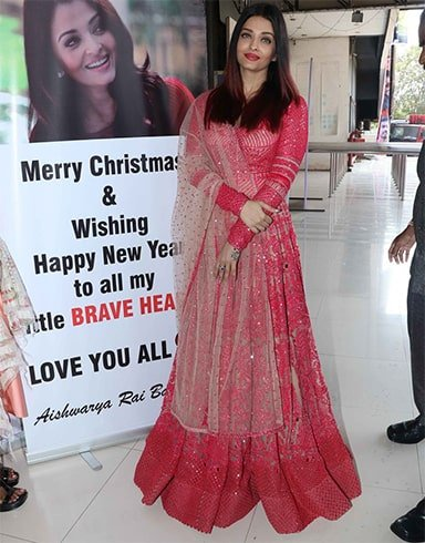 Aishwarya Rai Christmas Celebrations