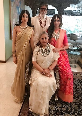 Amitabh Family at Isha Ambani Anand Piramal Wedding
