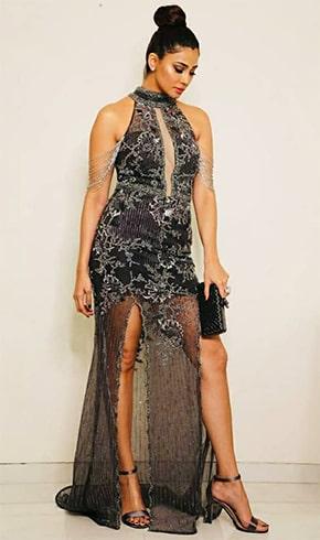 Daisy Shah At Star Screen Awards 2018
