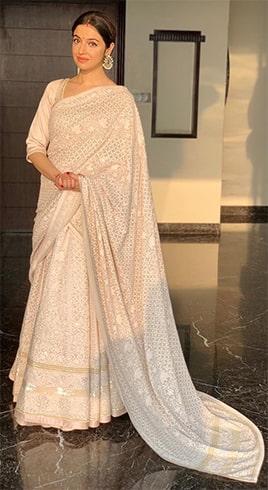 Divya Khosla Kumar At Star Screen Awards 2018