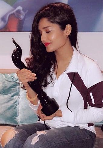 Ritika Singh Awards