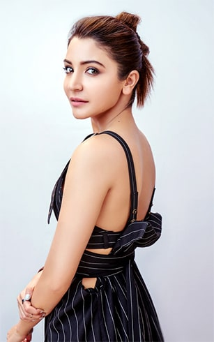 Anushka Sharma Top Knot