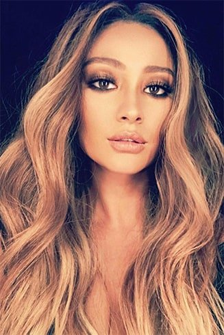 Shay Mitchell Curl Hair
