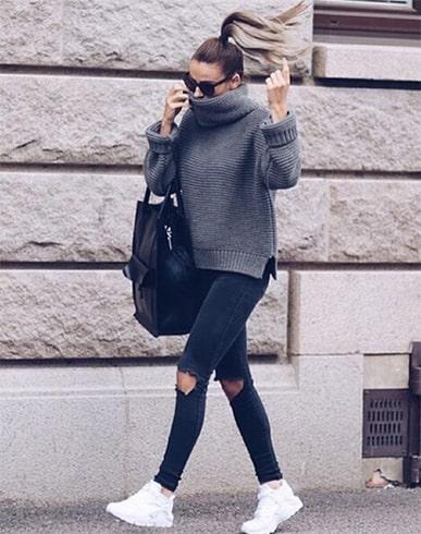 Skinny Pants With Grey Hued Top