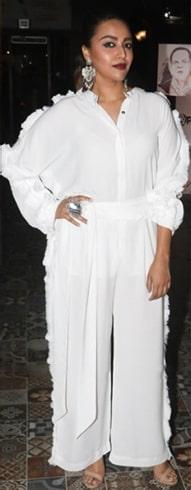 Swara Bhaskar Trisara Outfit