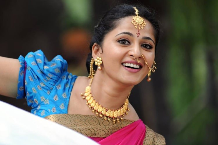 Anushka Shetty Fashion Profile