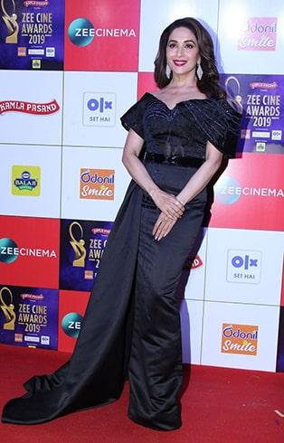 Madhuri Dixit Nene at Zee Cine Awards 2019