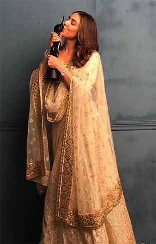 Sara Ali Khan at Filmfare Awards 2019