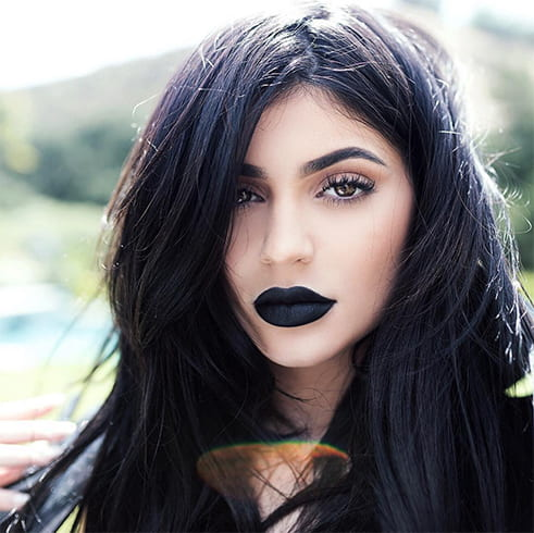 How To Wear Black Lipstick
