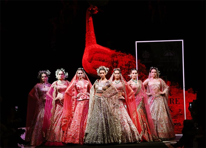 Suneet Varma Collection at FDCI India Couture Week 2019