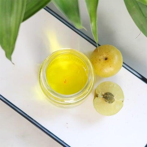 Amla Lemon and Coconut Oil Pack