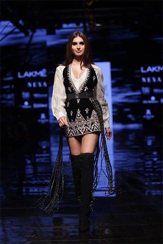 Tara Sutaria at Lakme Fashion Week Winter Festive 2019