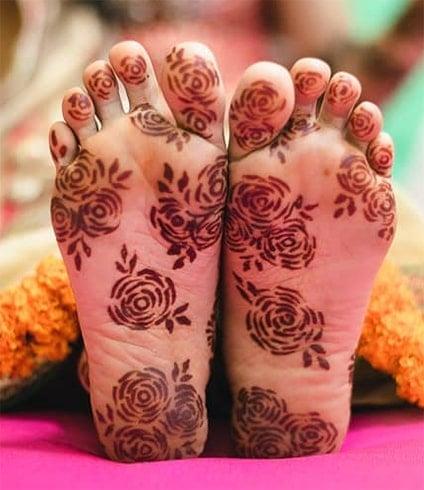 Under Feet Mehndi