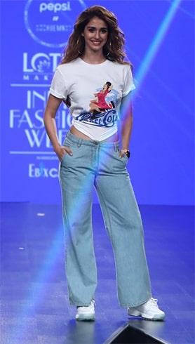 Disha Patani Lotus Makeup India Fashion Week Spring Summer 2020