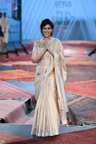 Sakshi Tanwar Lotus Makeup India Fashion Week Spring Summer 2020