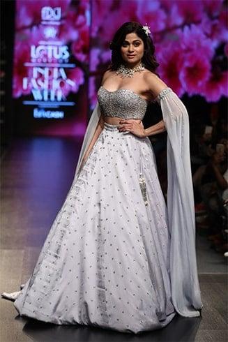 Shamita Shetty Lotus Makeup India Fashion Week Spring Summer 2020