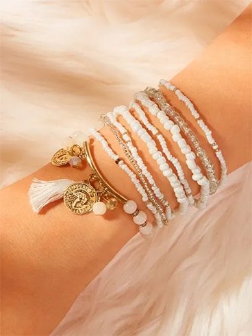 Tassel and Coin Décor Beaded Bracelet Set