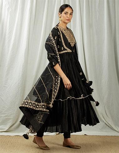 Black Short Angarakha with Kallies Set