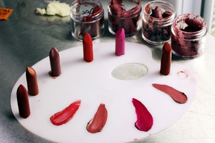 DIY Lipstick With Natural Ingredients
