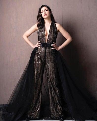 Divya Khosla Kumar at Filmfare Glamour and Style Awards 2019