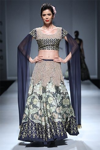 embroidered lehenga with floor length sleeves