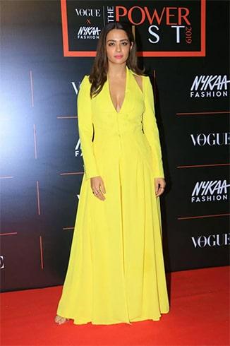 Surveen Chawla at Vogue Nykaa Fashion Awards